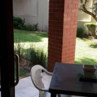 Fully furnished 1 bed with garden in Pineslopes