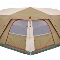 CAMP MASTER. FAMILY CABIN 820. 8 Sleeper. New demo tent.