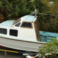 BMW CABIN BOAT WITH TRAILER FOR SALE