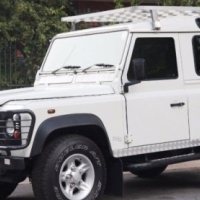2001 Land Rover Defender SUV (includes rooftop tent)