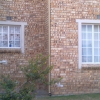 LOVELY 3 BEDROOM DOWN STAIRS TOWN HOUSE APARTMENT IN RADIOKOP-R7200