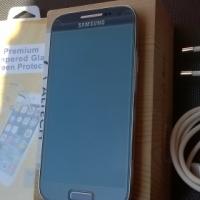 Samsung galaxy S4 mini.