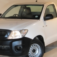 2010 Toyota Hilux 2.5 D-4D LWB, Very Neat!!