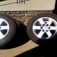 Mitsubishi Pajero mags and tyres