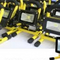 2x   RECHARGEABLE 10W LED FLOOD LIGHTs
