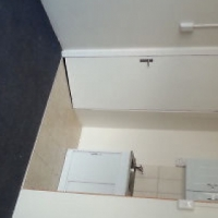 JOUBERT PARK Open plan bachelor flat to let for R2500 with bathroom, kitchen near Park Station