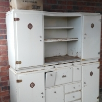 Antique ads in kitchen cupboards and furniture for sale in for Kitchen furniture south africa