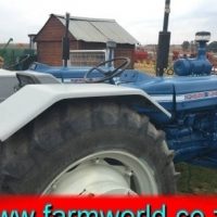 S815 Pre-Owned Ford 5000 2x4 52kW Tractor/Trekker