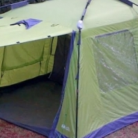 Camp Master Instant 400 tent