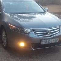Special: Honda Accord 2009 auto in excellent condition for R90,000.00  This is a very nice car for c