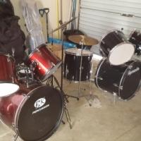 Drum kit(s) x 2