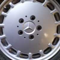 mercedes 124 series mag wheel with new tyre