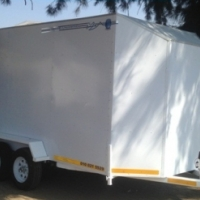 ENCLOSED TRAILERS TO YOUR NEEDS.