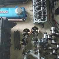 Nissan 1400 engine parts Mossel bay