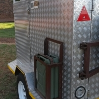 Bargain-rather new off road camper trailer-ready for the holiday