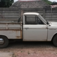 1970 Datsun 1300 pick up for restoration