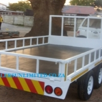 SALE ON FLATBED TRAILERS.
