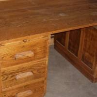 SOLID 6 DRAWER OAK OFFICE DESK