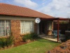 Townhouse loose standing in Highveld Centurion