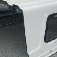 KIA/HYUNDAI H100 WORKER'S CAB WHITE (HALF) CANOPY 4SALE!!