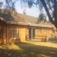 Large House ideal for Functions, retreats,schooling.
