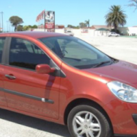 2006 Renault Clio Hatchback to swop for car of same value R60,000