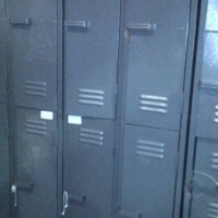 2 & 4 Division Lockable Steel Staff Lockers in Excellent Condition - R650
