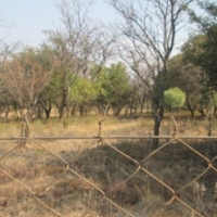 Fenced 1 Hectare 3km West of Schoemansville Hartbeespoort