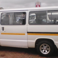 2006 toyota siyaya 16 seat accident free no leaking of oil in the engine