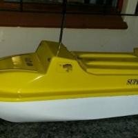 Super Cat 410 bait boat
