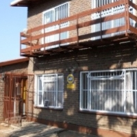 MOUNTAIN VIEW - 3 BEDROOM HOUSE – R955 000