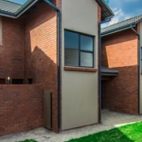 Brand new Townhouses to let in Barbeque Downs