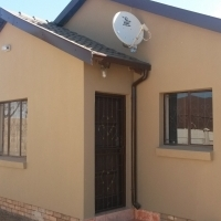 Rooms available in a 3 Bedroom house at  Lesedi Park