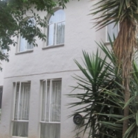 Sturdy 3 bed 1 km from Hartbeespoortdam