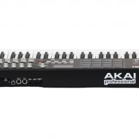 Aka I MPK 61 midi controller
