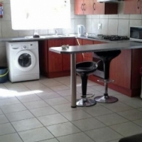 Auckland Park Students Commune Fully Furnished Double Sharing rooms R2400 all inclusive