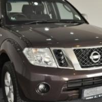 Nissan Navara 4.0 LE 4x4 D/C