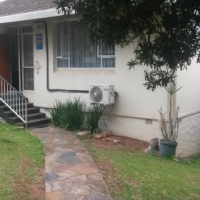 2 Bed Garden Flat morningside DBN - No Commission