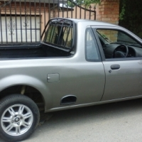 Ford bantam 2005 , grey in colour , manual , mint condition