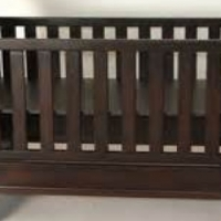Sleigh cot with optional Compactum with baby bath