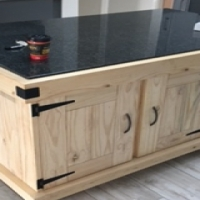 Kitchen Island Farmhouse Elegant series 1600 granite top with 4 doors and mobile - Raw