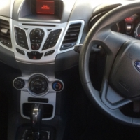 Ford Fiesta 2011 1.4 automatic