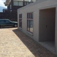 Beautiful 3 bedroom luxury home for sale in Gordan's Bay