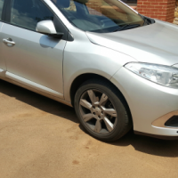 2012 renault fluence 1.6 with only 82000km!!!