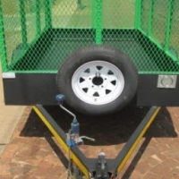 SMALL GARDEN / FURNITURE TRAILER. 750KG