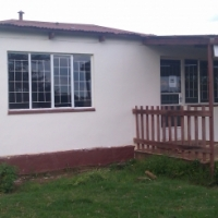 Price reduced immigrating soon 4bedroomHouseandstands
