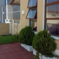 Stunning 3 bedroom house for sale in Strandfontein