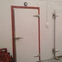 freazer room and cold room(needs compresor)