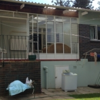 Commune on Finchley Road in Melville - single and sharing options