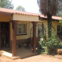 Spacious house on smallholding 10km west of Pretoria